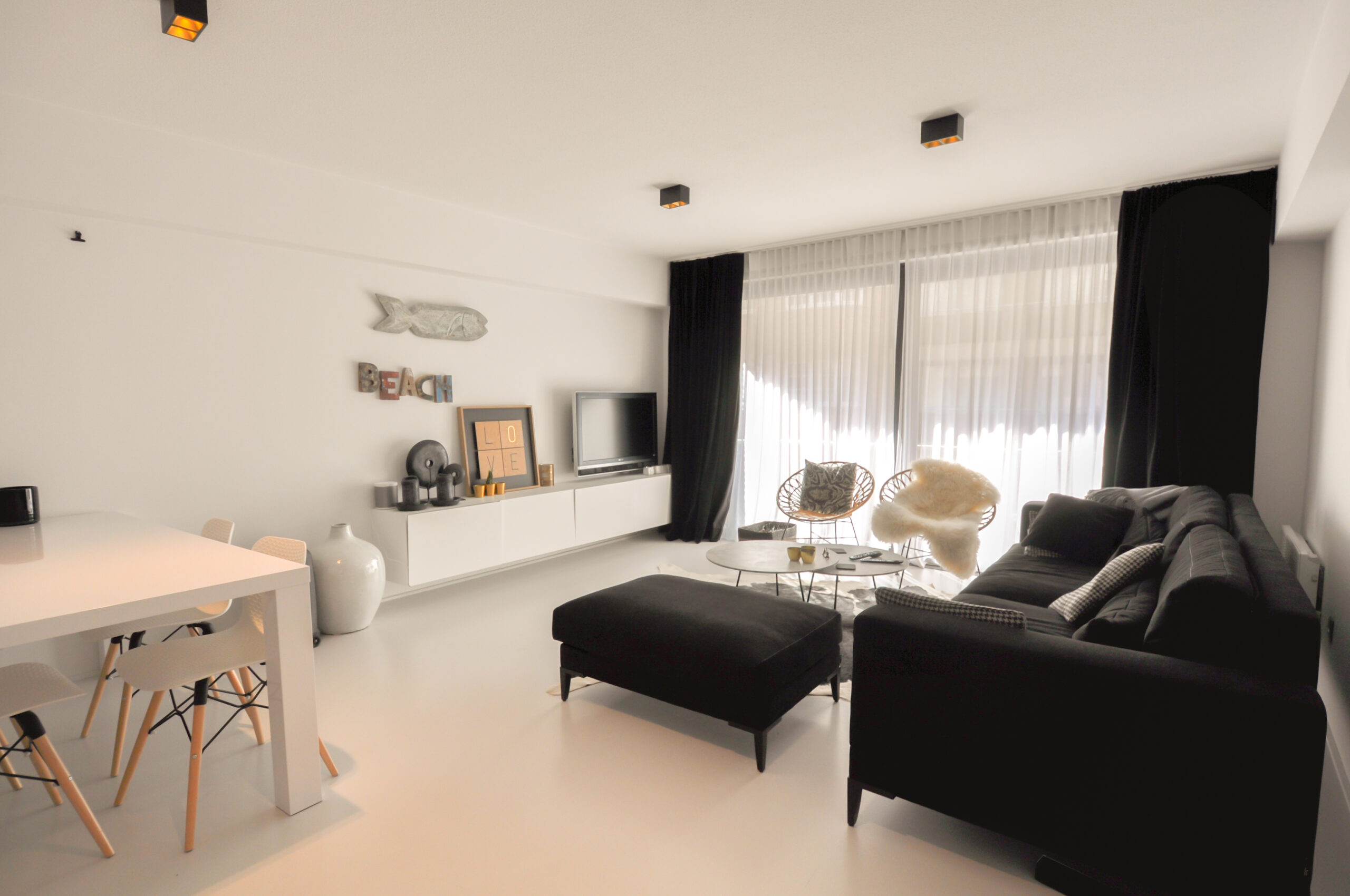 Recent appartement naast het Rubensplein, achterliggend aan de Zeedijk-Knokke