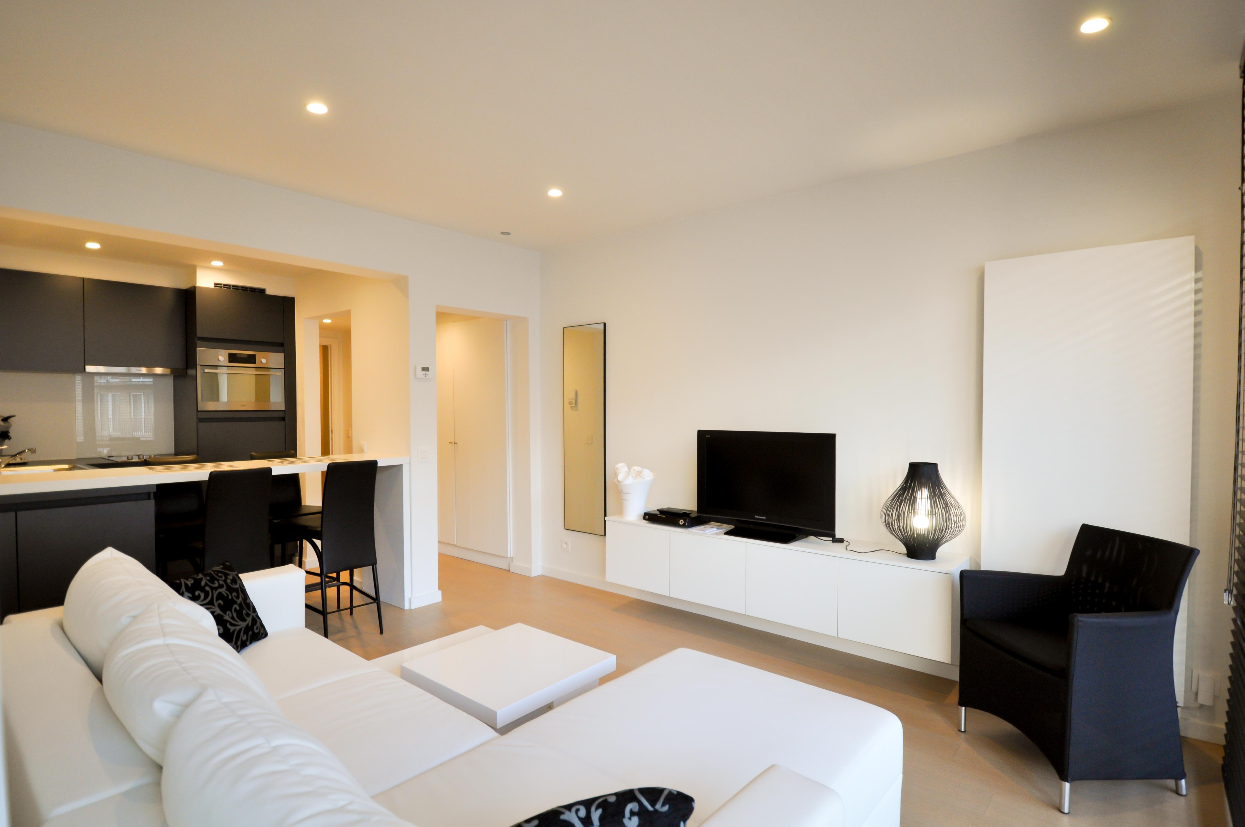 Appartement rénové avec 1 chambre à coucher, près de la digue à Albertplage.