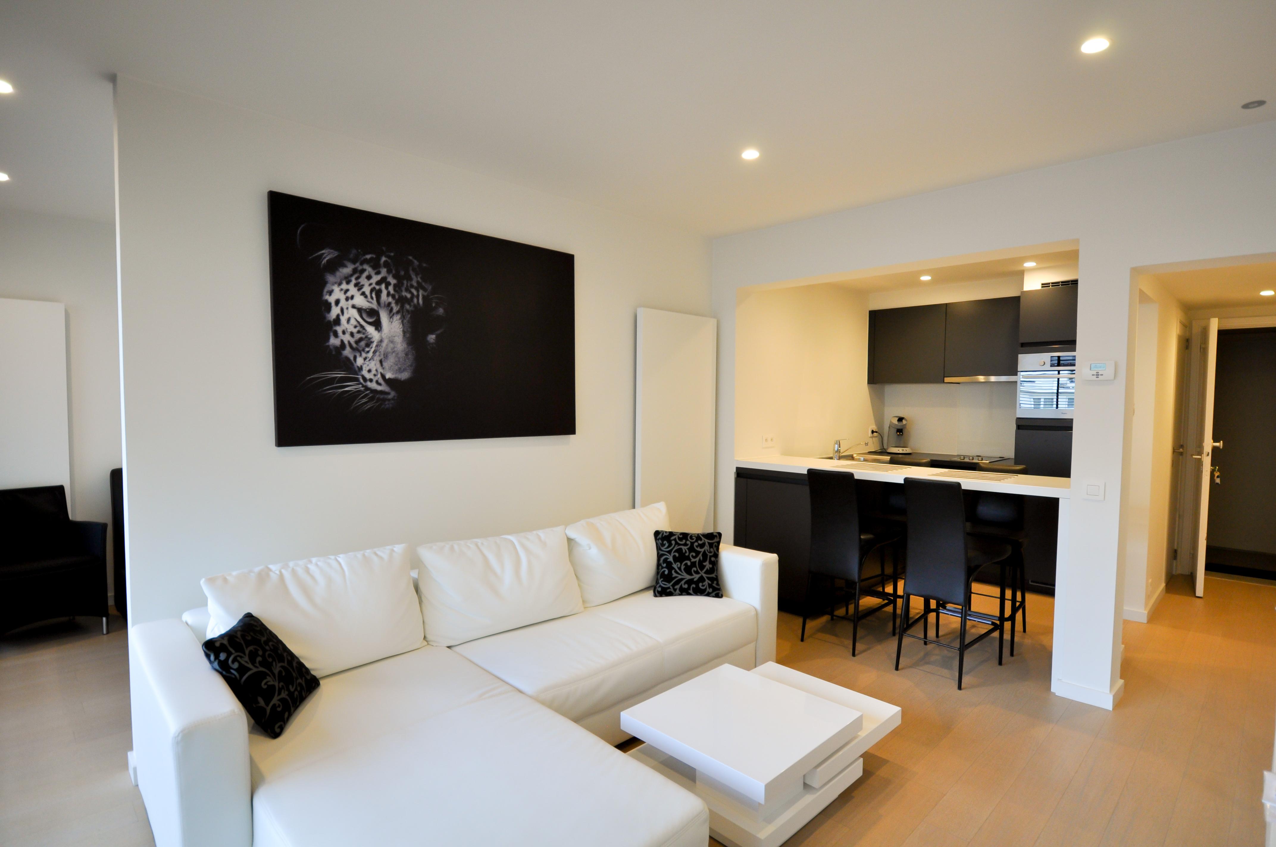Vernieuwd appartement aan het Albertstrand!