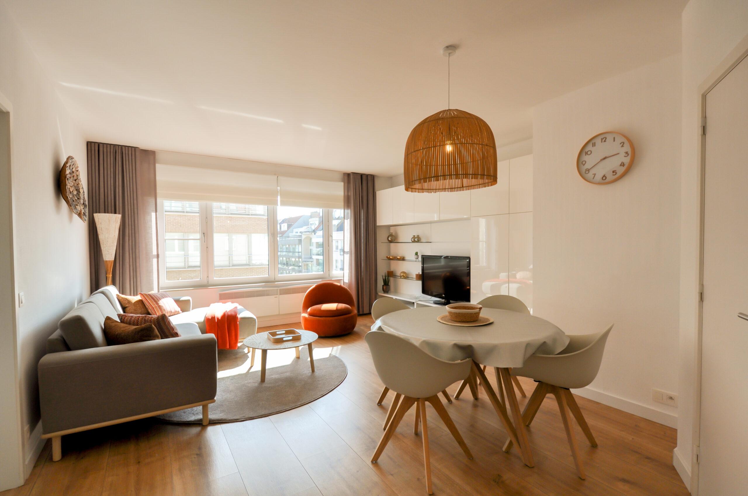 Hedendaags appartement dichtbij de Zeedijk